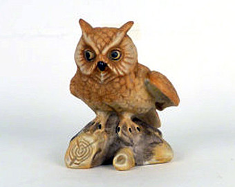 lovely owls statues