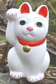 resin lucky cat